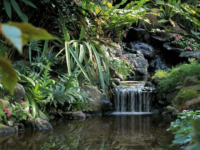 Living Waterfalls 2 Screensaver